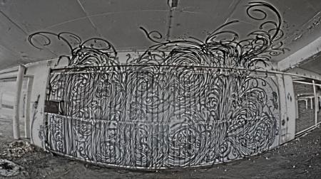 Porte envahissante