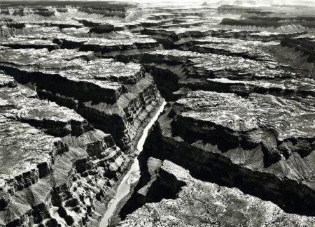item8.rendition.slideshowWideHorizontal.granite-gorge-grand-canyon-0412