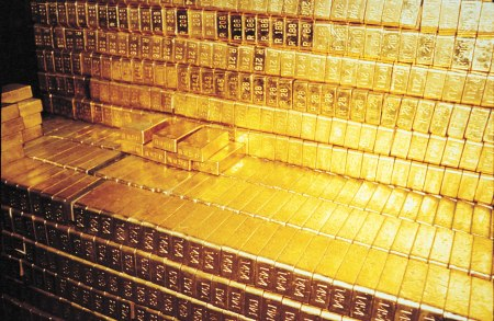 Gold-Bars-in-Fort-Knox