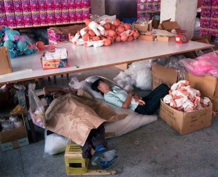 -trabajadores-chinos-mattel-jugu