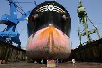 ναυπηγική βιομηχανία